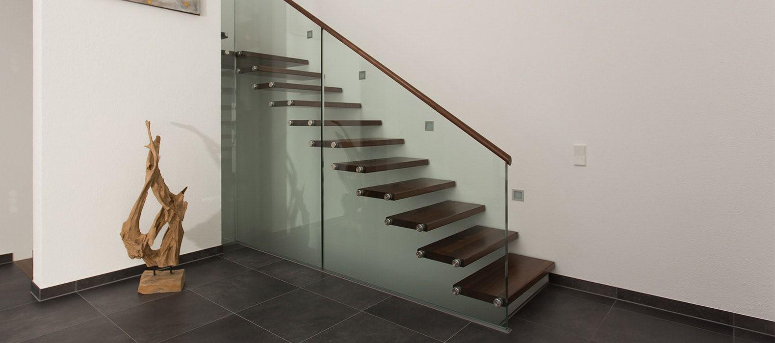 glastreppen von fhs treppen treppenhersteller f r fachkunden. Black Bedroom Furniture Sets. Home Design Ideas