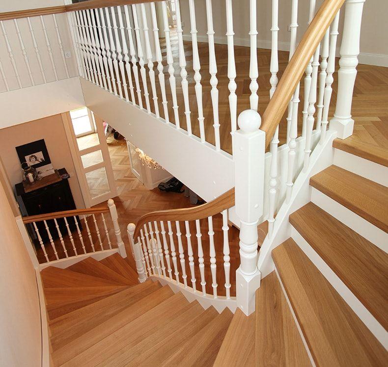 holztreppe von fhs treppen treppenhersteller f r fachkunden. Black Bedroom Furniture Sets. Home Design Ideas